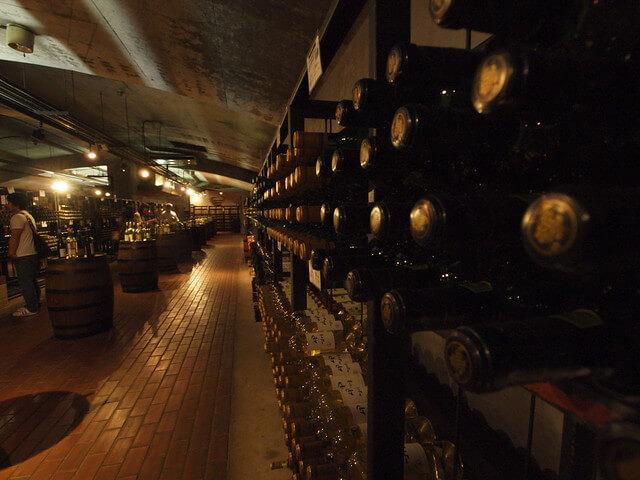 ぶどうの丘 ワインカーブ
